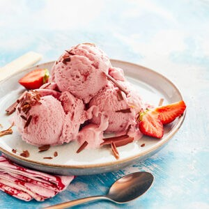 Мороженое пломбир «Клубника в шоколаде» ТМ Рудь 1650г